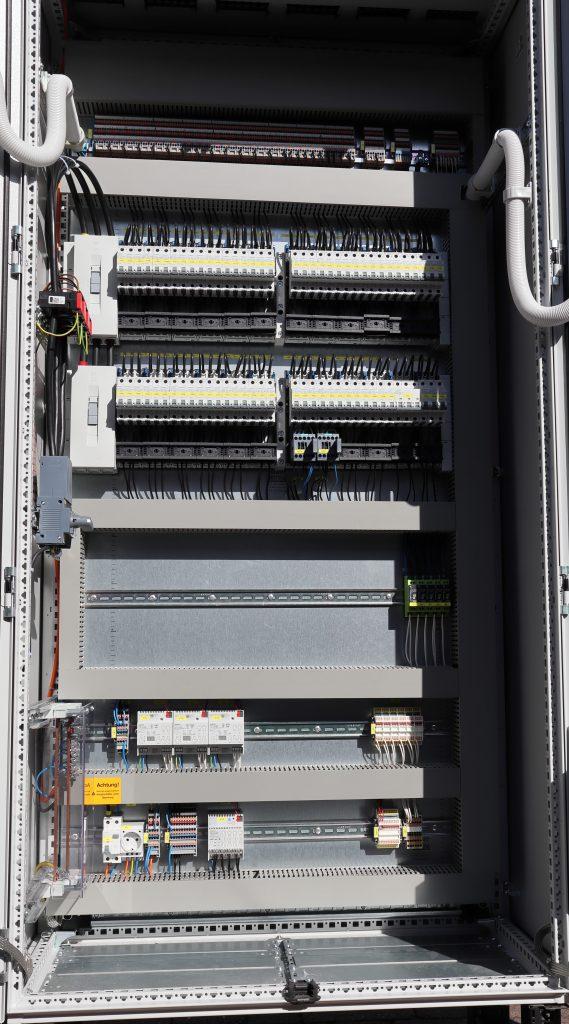 Beleuchtungsschrank Montageplatte